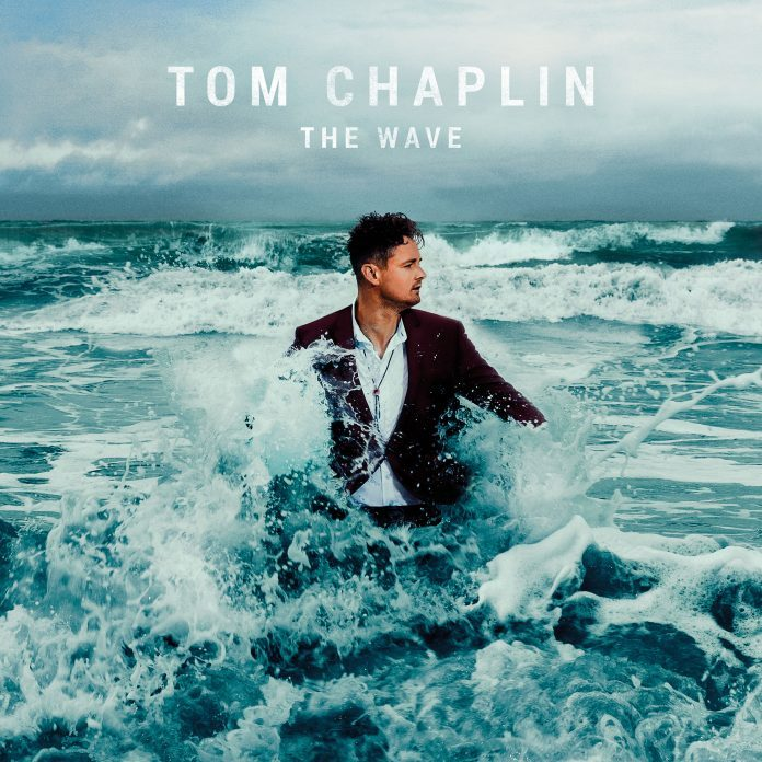 Tom-Chaplin-The-Wave-2016-2480x2480-696x696